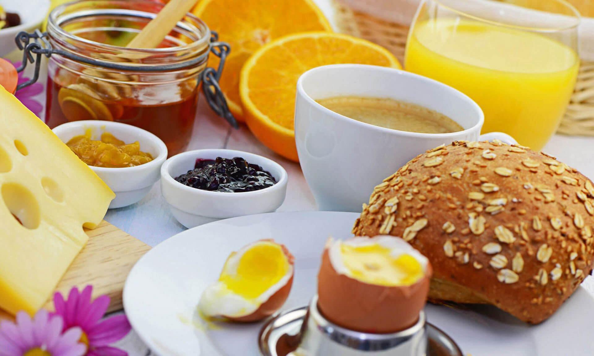 Alpine breakfast & brunch at the mountain inn