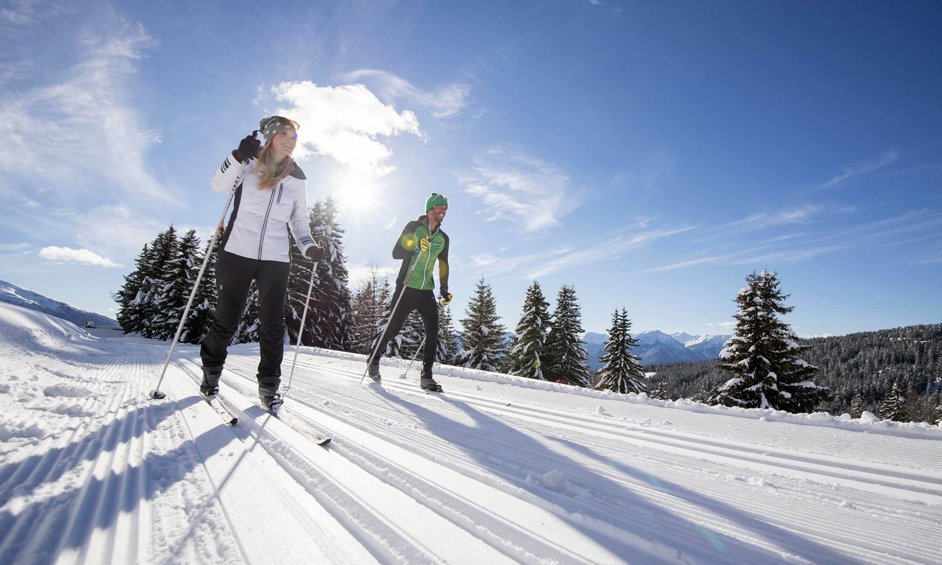 Cross-country skiing on the Luson Alp